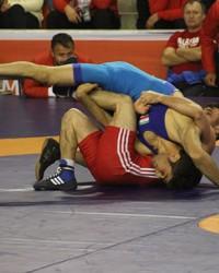 12. Dünya Üniversitelerarası Güreş Şampiyonası baş