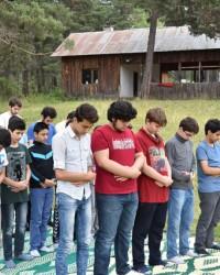 Özgür Der'den gençlere özel kamp