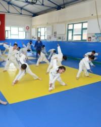 Sporcular yaz okullarında