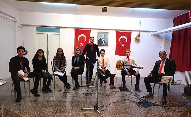 Başöğretmen'de türkü ziyafeti