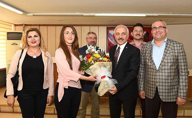 Gül'den Belediyecilik dersi