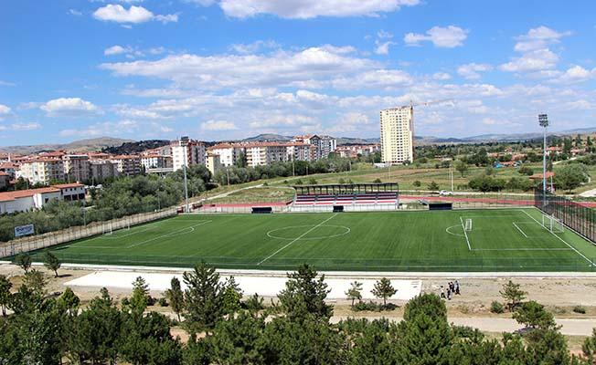 Stada 800 kişilik ek tribün