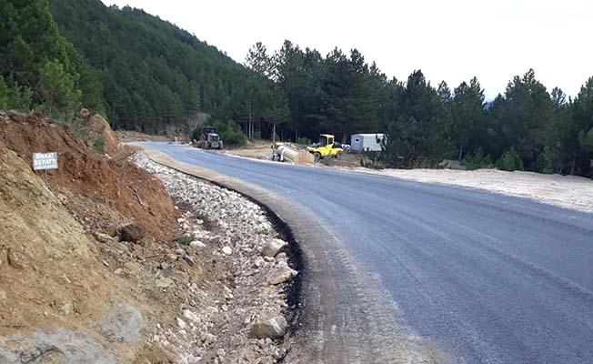 Çobanlar grup yoluna asfalt