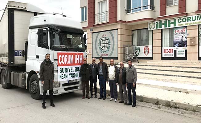 İdlib'e bir tır yardım