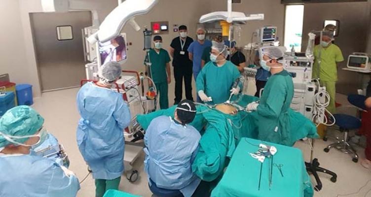 Canlı ameliyatla kurs