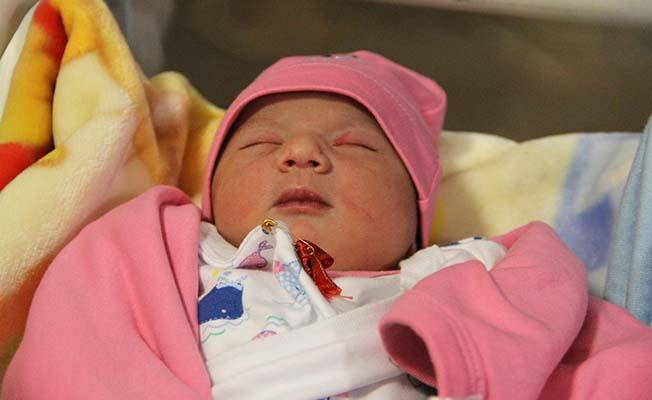Yeni yılın ilk bebeği