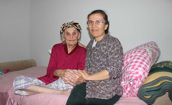 Alzheimer hastası kadının evini onardılar
