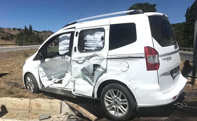 Alacahöyük Kavşağı'nda kaza