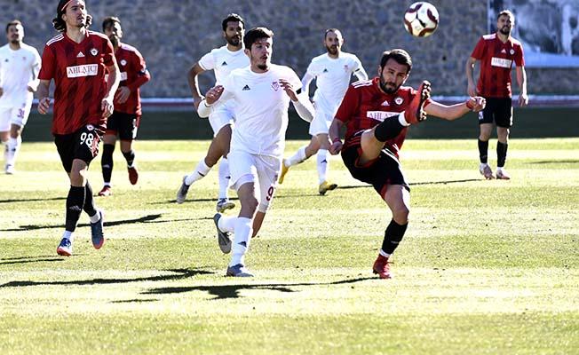 Çorumspor Gümüşhane'den 3 puanla dönüyor