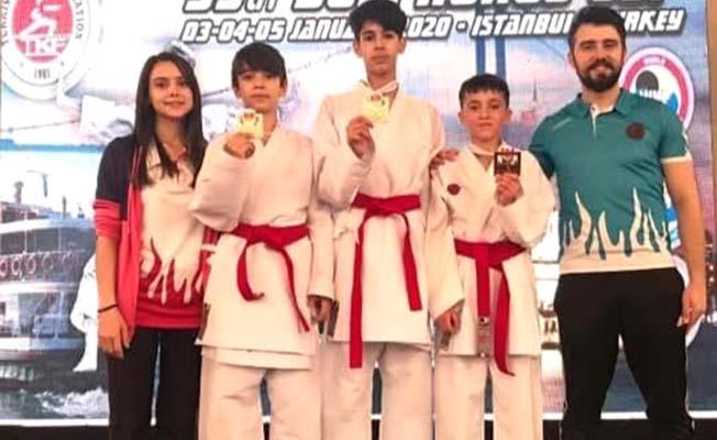 Karate'de birinci oldular