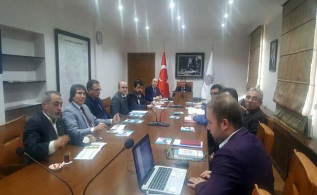 Organize Sanayi Bölgeleri masada