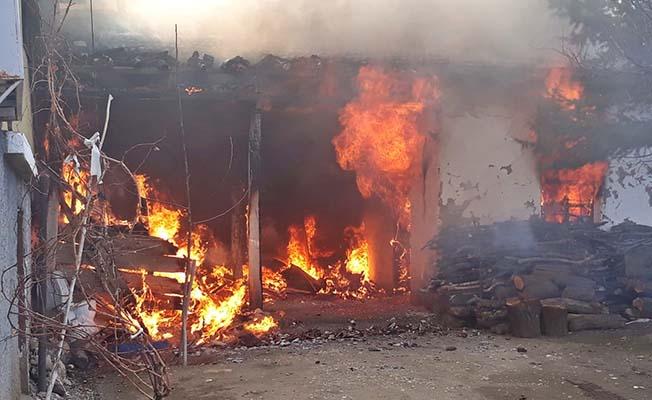 Eski başkanın evinde yangın