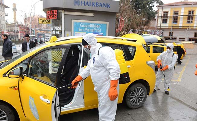 Taksi duraklarında temizlik