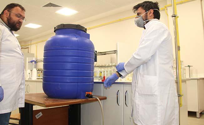 Üniversite dezenfektan üretti