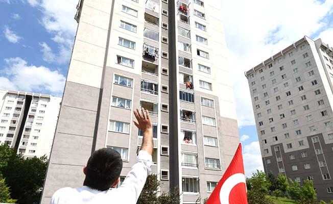 Asım Balcı da böyle bayramlaşıyor