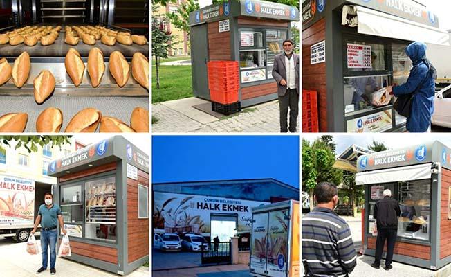 Belediye'den art arda ekmek paylaşımı
