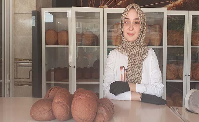 Bu da Osmancık'tan... Mor ekmek
