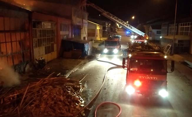 Sanayi sitesinde büyük yangın