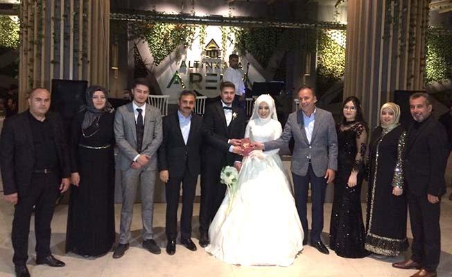 Bu kez kendi evladının nikahını kıydı
