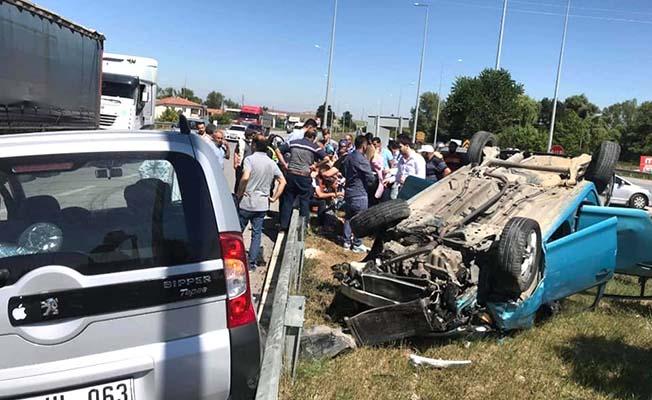Düğün konvoyunda kaza, 6 yaralı