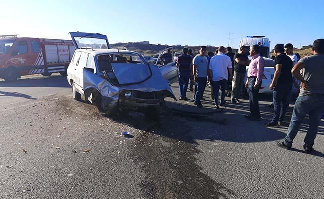 Ortaköy yolunda kaza, 3 yaralı