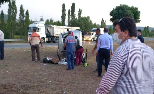 Hamdiköy'de kaza, 3 yaralı