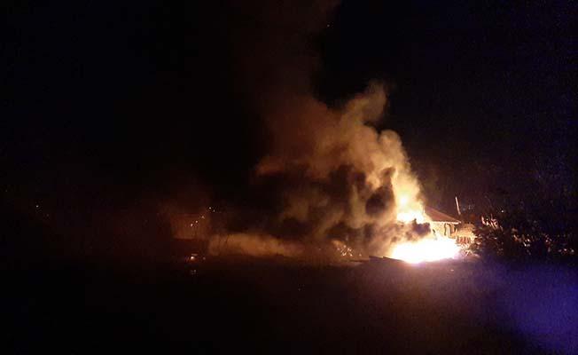 Keresteciler Sitesi'nde korkutan yangın