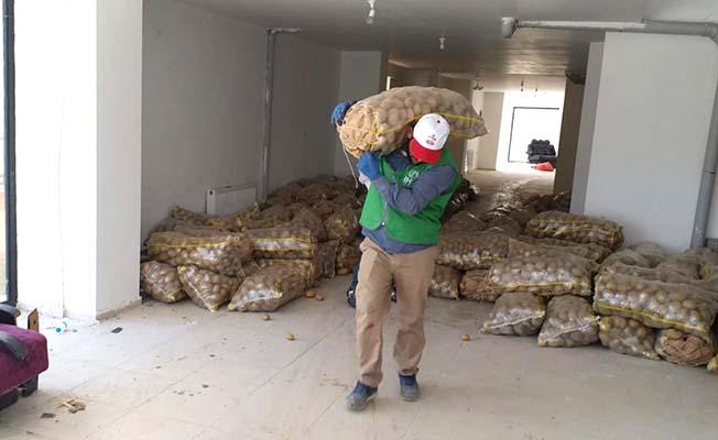 Patates yüklü tır yola çıktı
