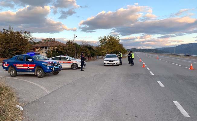 Jandarma Trafik Timi yollarda