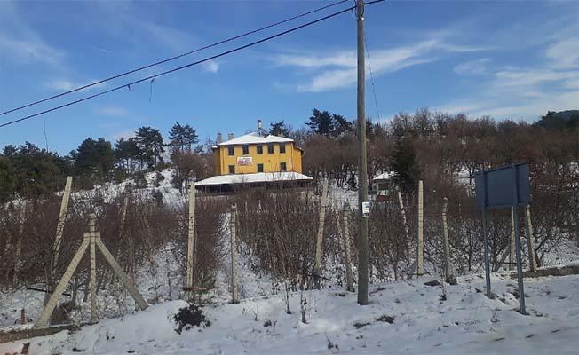 Davalık bina artık köyün