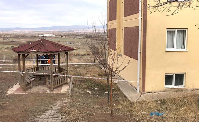 Akkent TOKİ'de toprak kayması