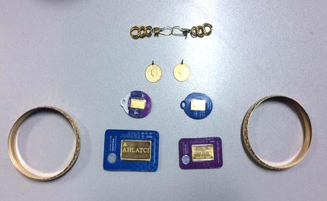 Altın hırsızı yakalandı