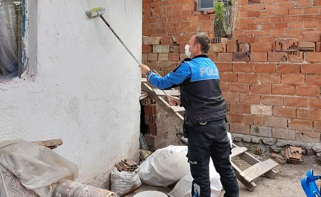 Polis memurundan örnek davranış