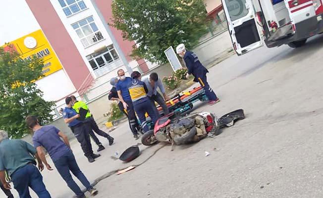 Halk Eğitim önünde kaza