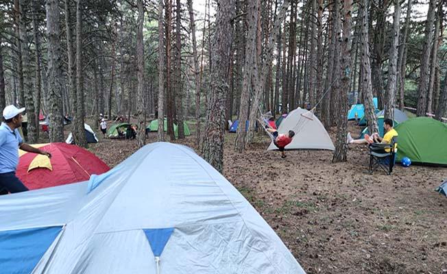 'En Baba Kamp'ta buluştular