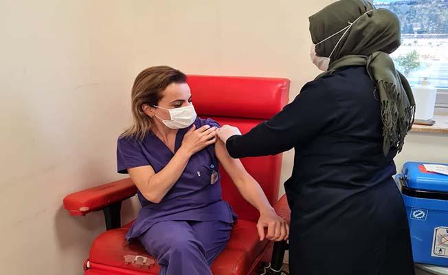 Hastanede 100 bininci doz Biontech aşı