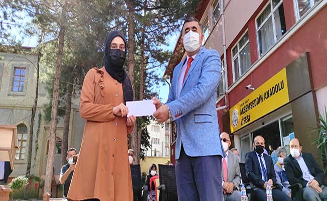 Türkiye'nin en eski öğrenci ödülü, tabiki İskilip