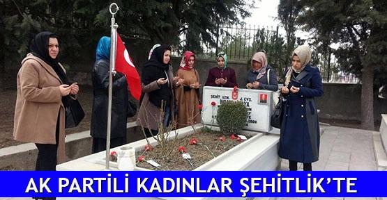AK Partili kadınlar Şehitlik'te
