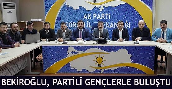 Bekiroğlu, Partili Gençlerle Buluştu