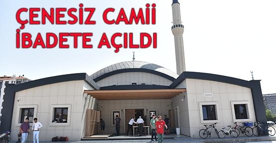 Çenesiz Camii ibadete açıldı