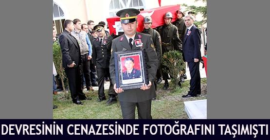 Devresinin cenazesinde fotoğrafını taşımıştı