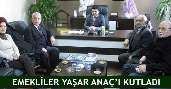 Emekliler Yaşar Anaç'ı kutladı