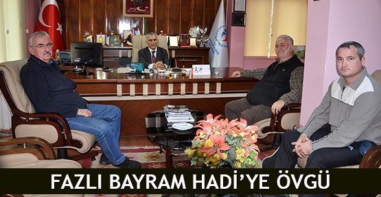 Fazlı Bayram Hadi'ye övgü