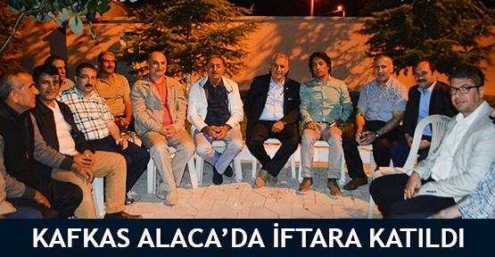 Kafkas Alaca'da iftara katıldı