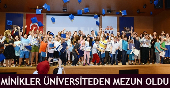 Minikler Üniversiteden mezun oldu