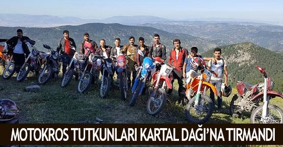 Motokros tutkunları Kartal Dağı'na tırmandı