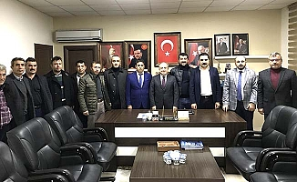 Başkan adayı Karadağ'ı ziyaret etti