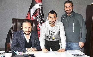 Tecrübeli futbolcu yeniden Belediyespor'da