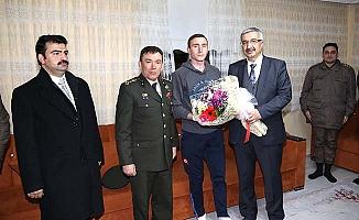 Afrin Gazimize baba evinde ziyaret
