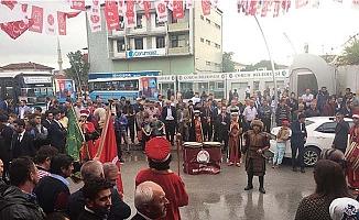 MHP SKM mehterle açıldı